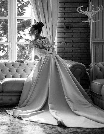Сватбена рокля Emma B&W, колекция 2016