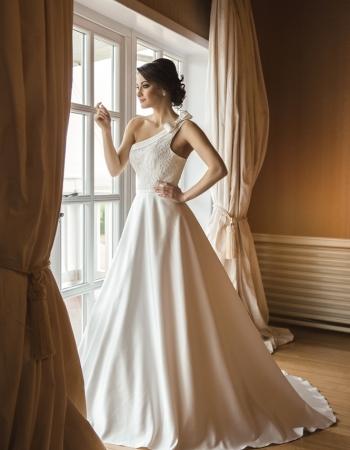 Сватбена рокля Adel, колекция 2016