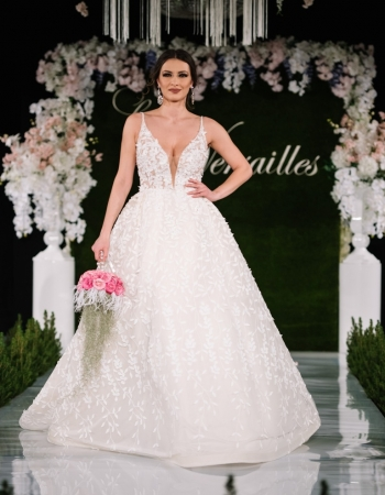 Сватбени рокли 2018 - 11