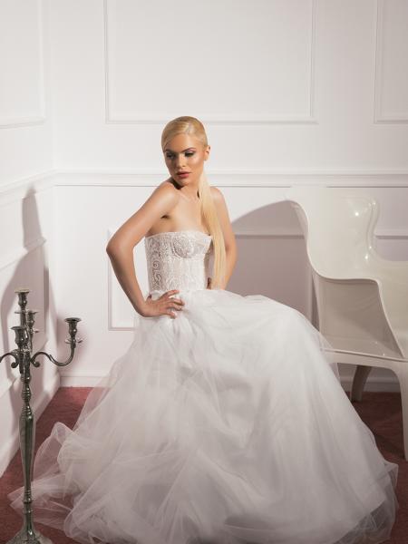 Сватбена рокля Caroline