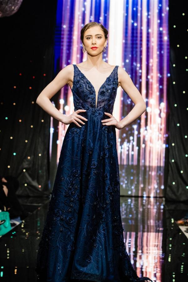Официална рокля Aurora