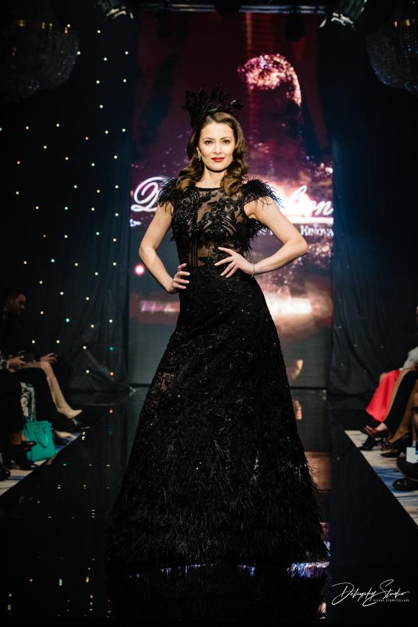 Официална рокля Black swan