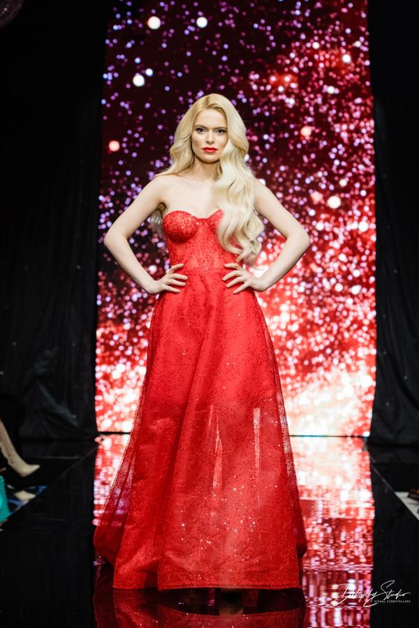 Официална рокля Red lips