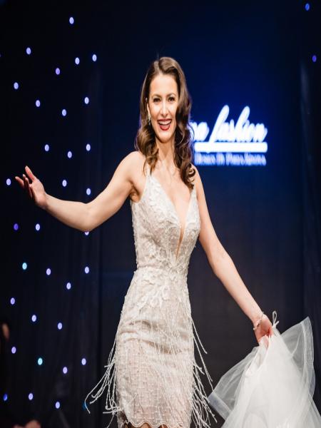 Къса рокля с шлейф Tiffany