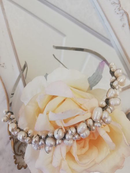 Диадема с речни перли