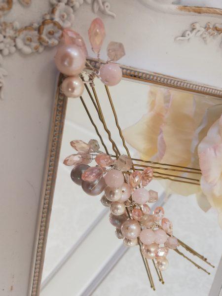 Фуркети с розови речни перли