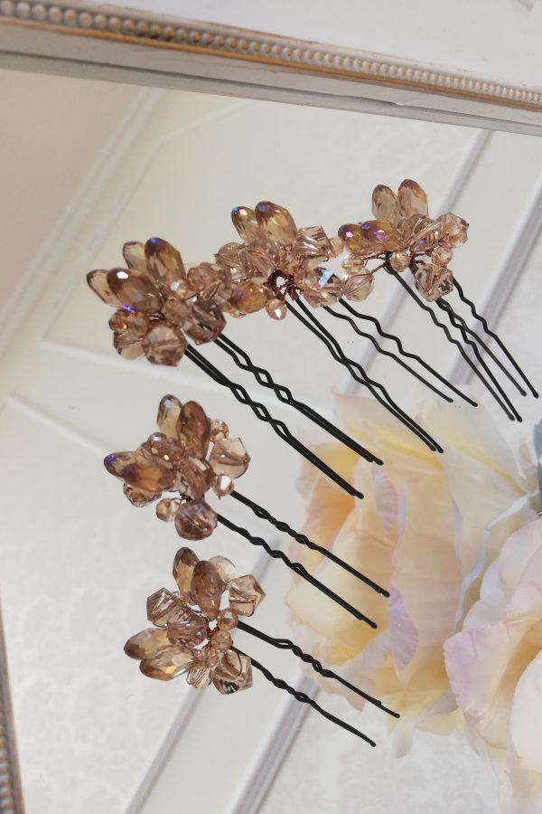 Фуркети с телесен цвят кристали